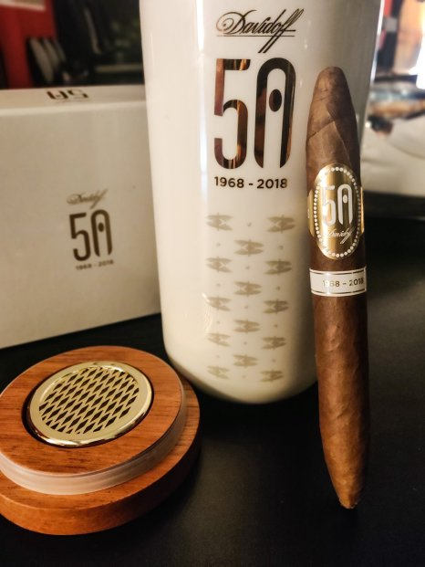 DAVIDOFF 50th Anniversary Limited Edition Diademas Finas